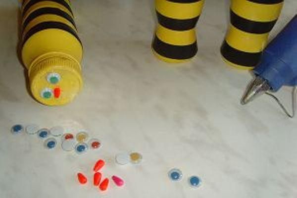 Как сделать пчелку для сада