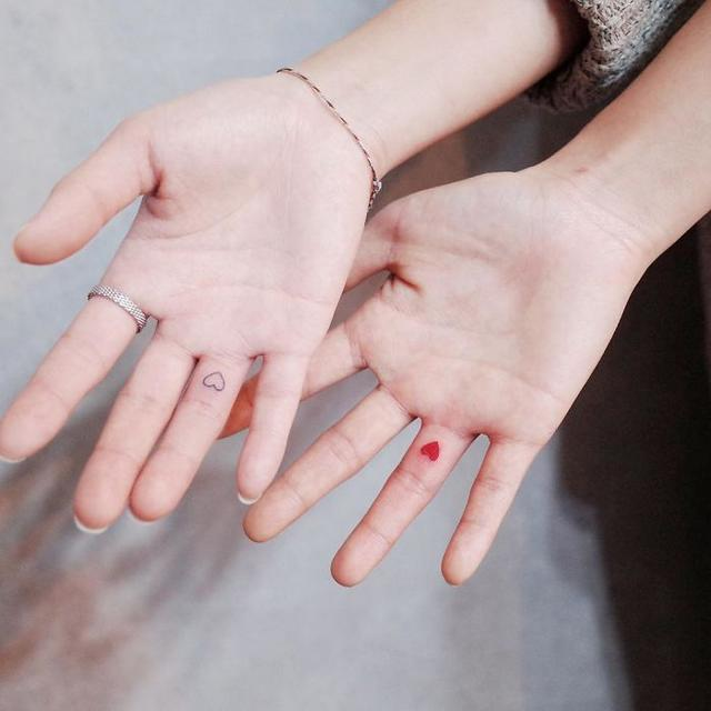 30 маленьких и изящных татуировок для любителей минимализма