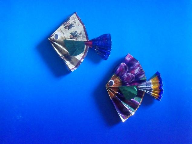 Поделки из фантиков от конфет.