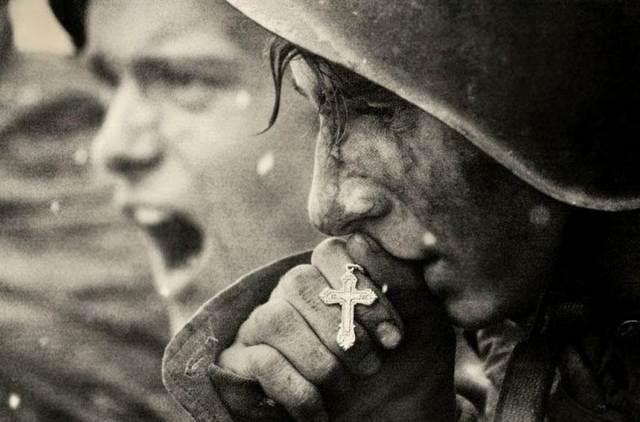 24 самых проникновенных фотографий, от которых сжимается сердце