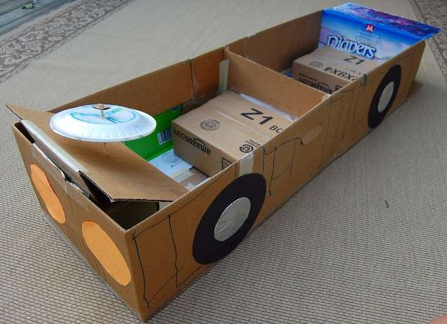 Машина из картона своими руками фото