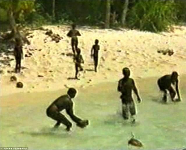 Древнее племя, которое  живет в изоляции 60 000 лет