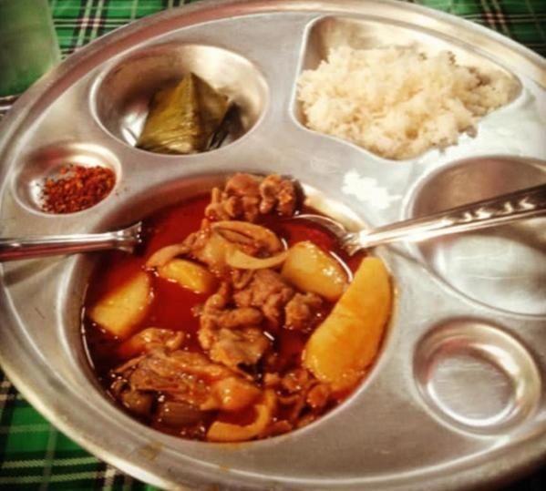 Как выглядят школьные обеды в разных странах мира