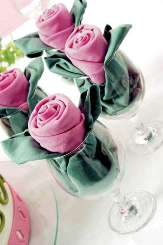 Красивые цветы из салфеток