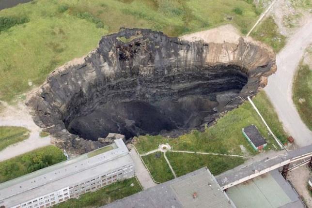 Самые страшные большие дыры в земле