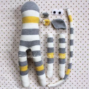 Как сделать обезьянку из носков своими руками