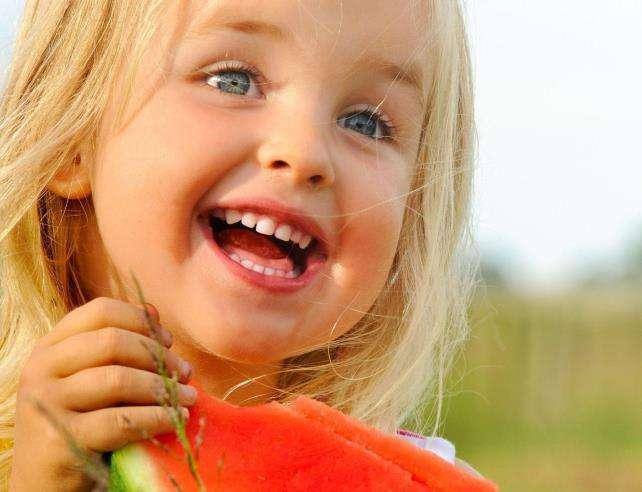 15 забавных мини-историй, когда родители обманывали своих детей
