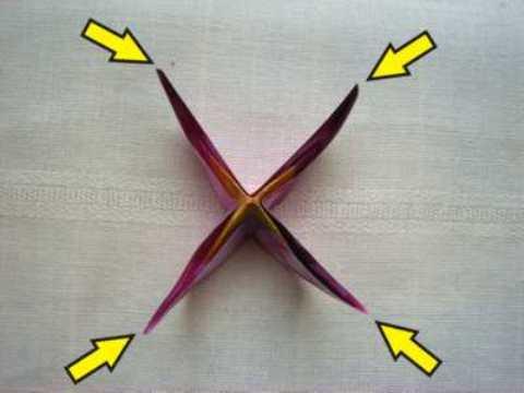 84 Мастер класс: розовый цветок оригами из бумаги с четырьмя лепестками, схема.