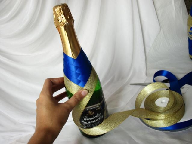Как можно украсить бутылку шампанского своими руками