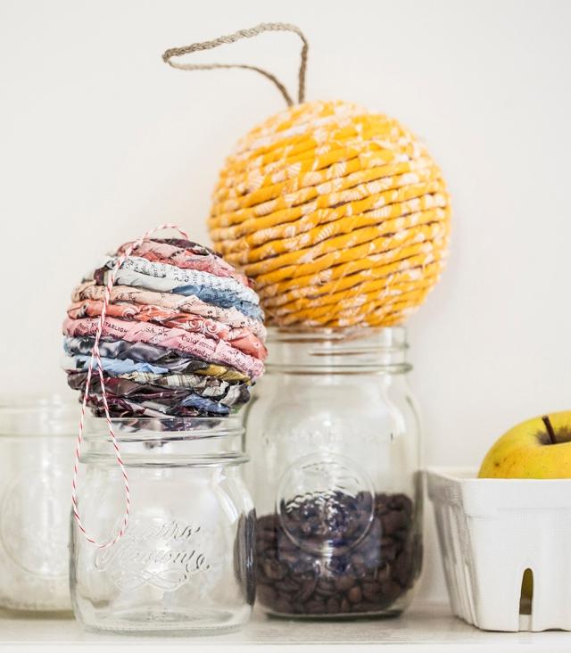 Стеклянные новогодние шары своими руками