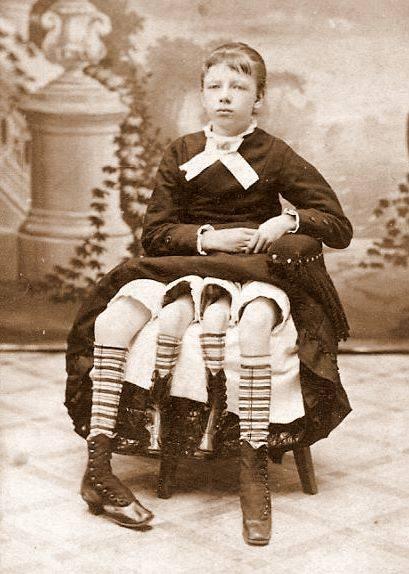20 жутких исторических фотографий, которые будут преследовать вас в ваших кошмарах
