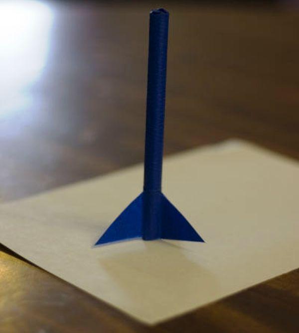 Как сделать летающую ракету своими руками видео