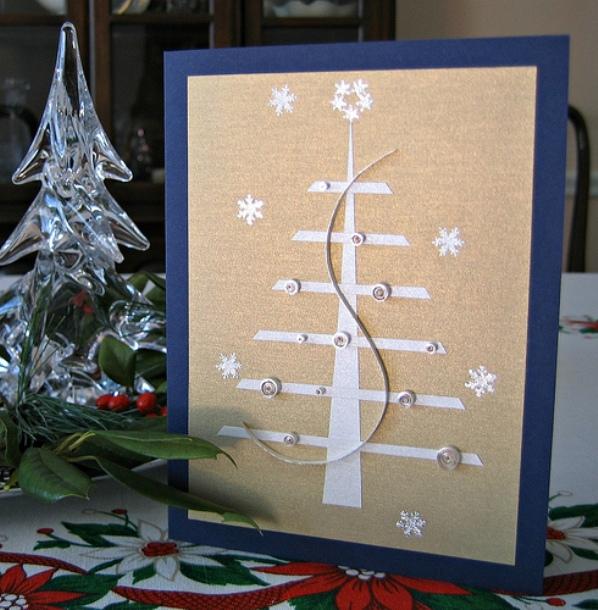 Новогодние елки из бисера своими руками
