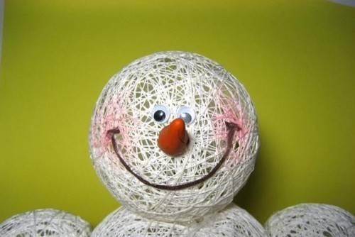 Ведро для снеговика сделать своими руками