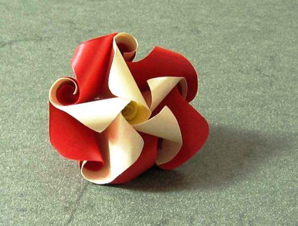 Оригами цветок-завитушка