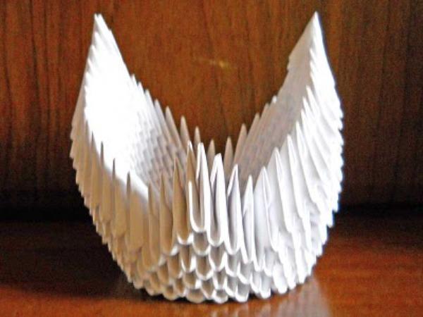 Как сделать лебедя из модулей белого
