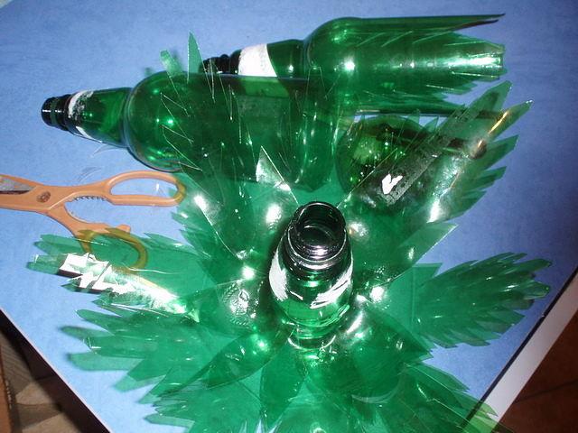 Как сделать пальму из бутылок своими руками фото
