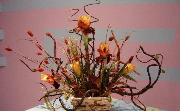 Искусственные ветки и цветы своими руками