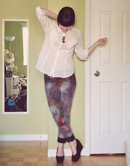 Трусы сквозь джинсы 24 фотография