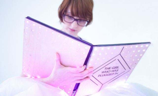 Живая книга позволит читателю почувствовать эмоции героев