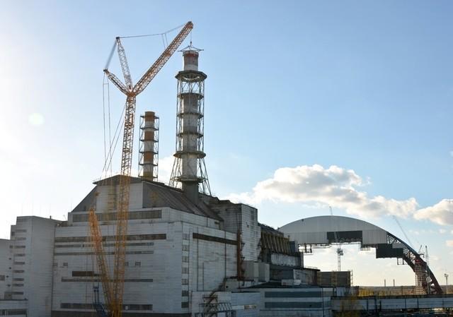 На Чорнобильській АЕС встановлюють новий саркофаг. Що відбувається - фото 4