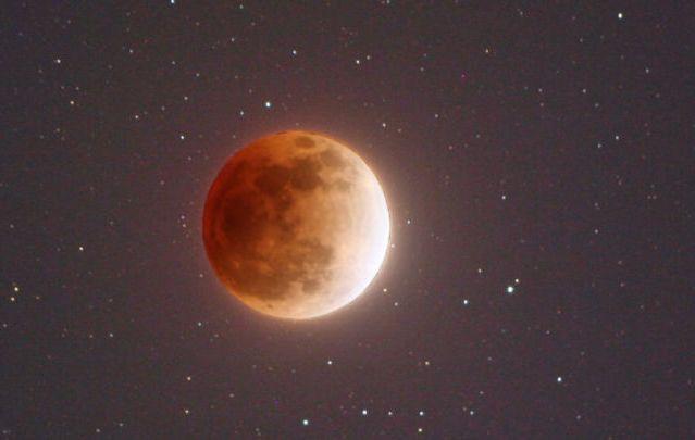 во сколько будет лунное затмение 23 марта2016 время