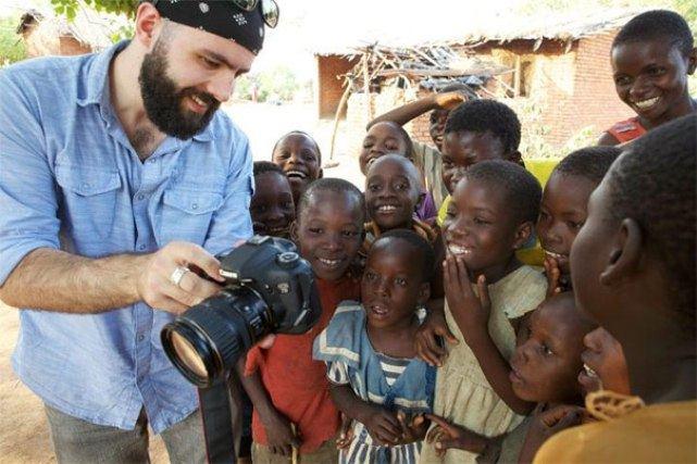 Удивительные фото людей, пробующих что-то впервые в жизни