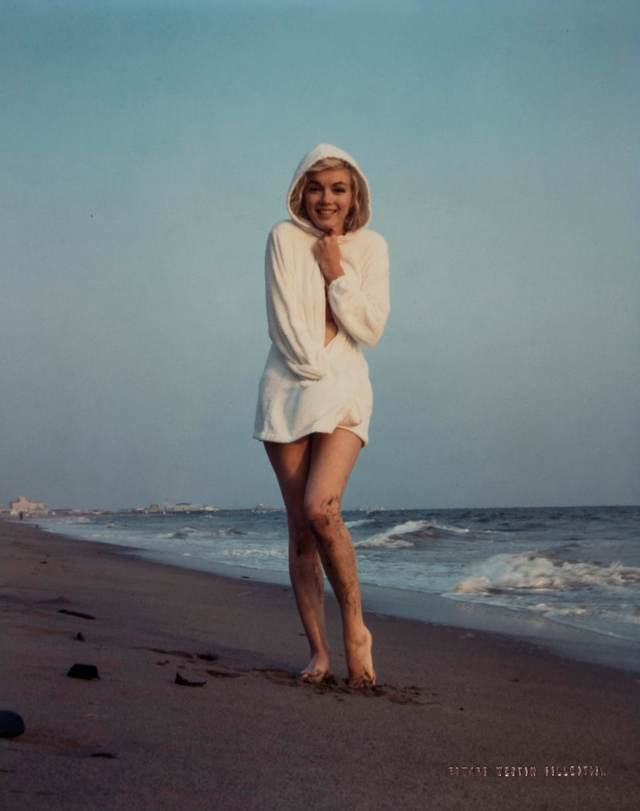 12 шокирующих подробностей о загадочной смерти Мэрилин Монро