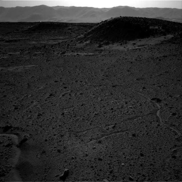 На Марсе обнаружен загадочный источник света