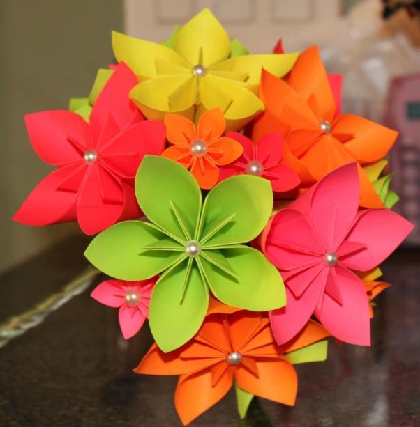 примеров бумажных цветов,